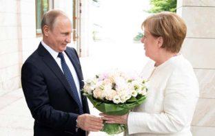 Меркель и Путин в Сочи 2018
