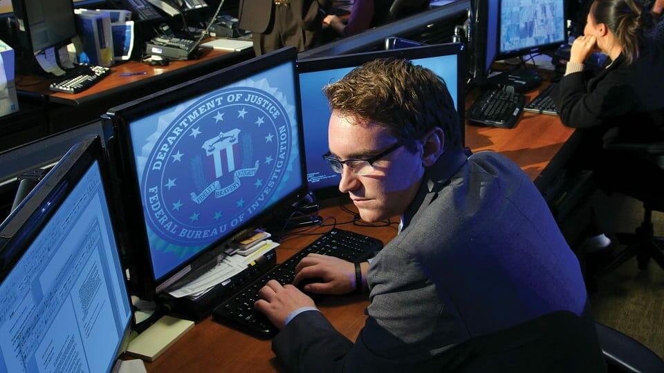 Хакеры против ФБР
