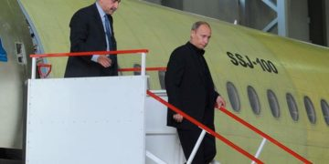 Путин и SSJ-100