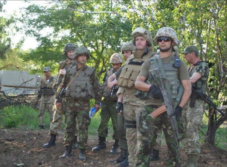 Украинские военные на окраинах Донецка