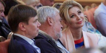Вика Цыганова в Хабаровске