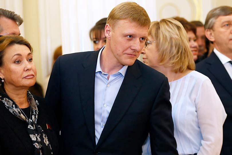 Олег Капитонов