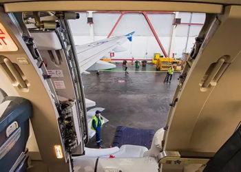Авариный трап Боинга-737