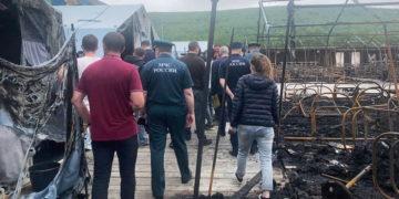 После пожара в палаточном лагере