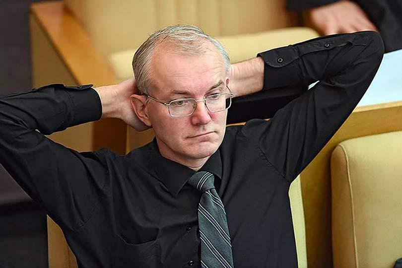 Олег Шеин