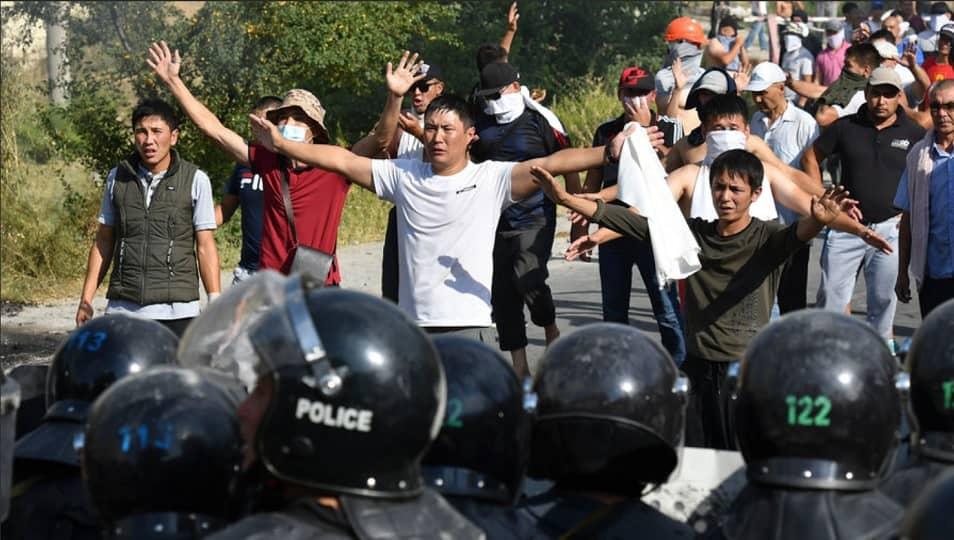 Народ Киргизии за Атамбаева