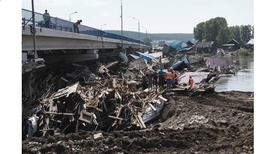 Затор после наводнения