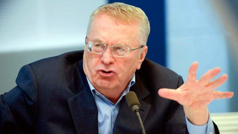 На передаче «Мнение» с Закамской Жириновский призвал отказаться от Украины и перейти к российским выборам