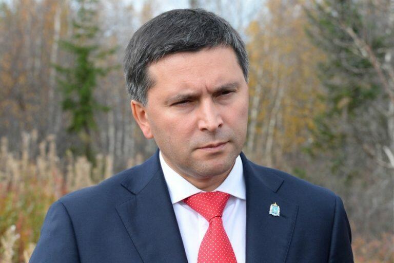 Министр Кобылкин показал, что не зря получает зарплату и нашел неожиданный способ борьбы с пожарами