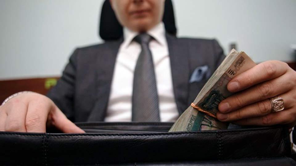Безликий чиновник коррупционер