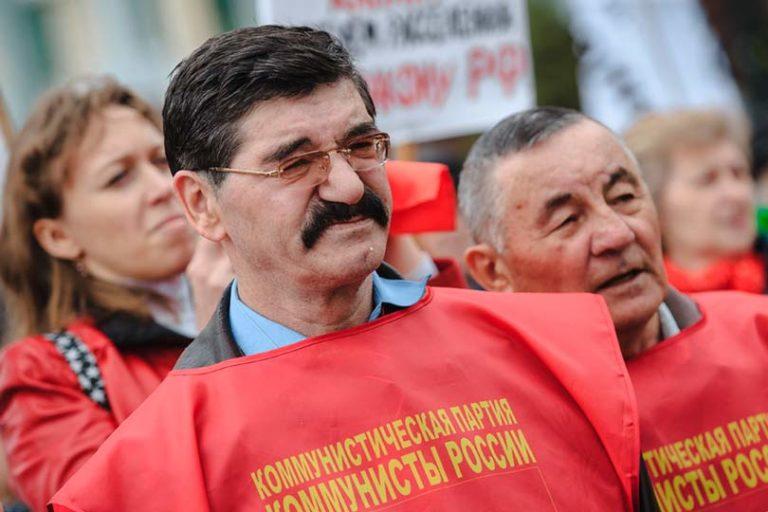 Партия «Коммунисты России» является спойлером ЕР и появляется только перед выборами