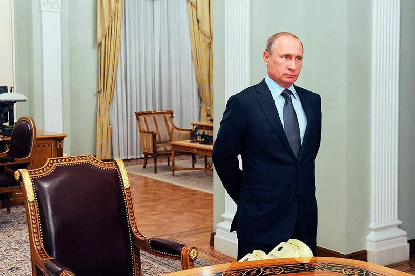 Путин в Кремле