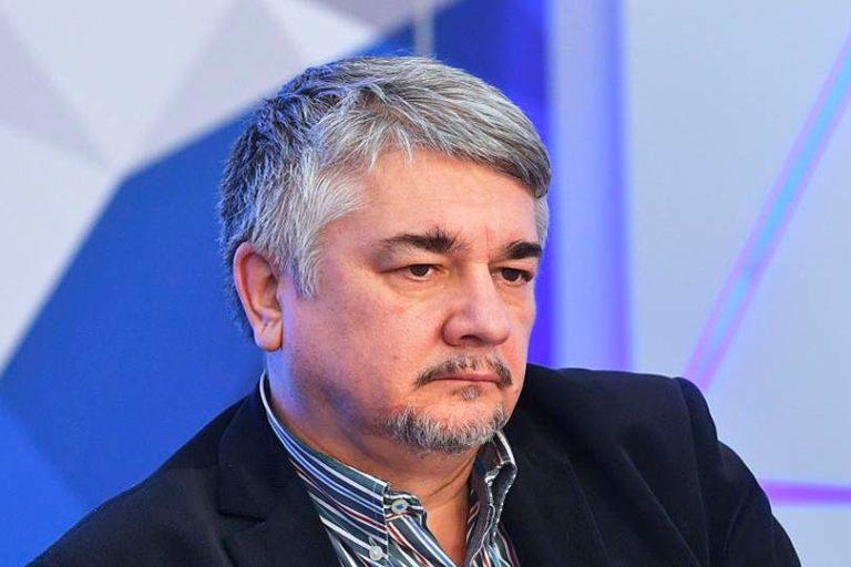 Ростислав Ищенко полагает, что против Киева могут выступить Харьков и Одесса