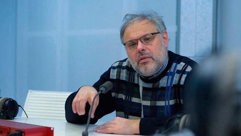 Старый экономист Хазин не устает повторять, что Путин ни в чем не виноват, поскольку ему не дают провести реформы
