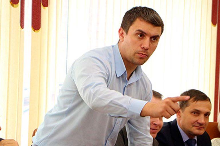 Депутат Бондаренко стал неудобен партии власти и на форуме «Территория смыслов» на него ополчился лидер ЛДПР