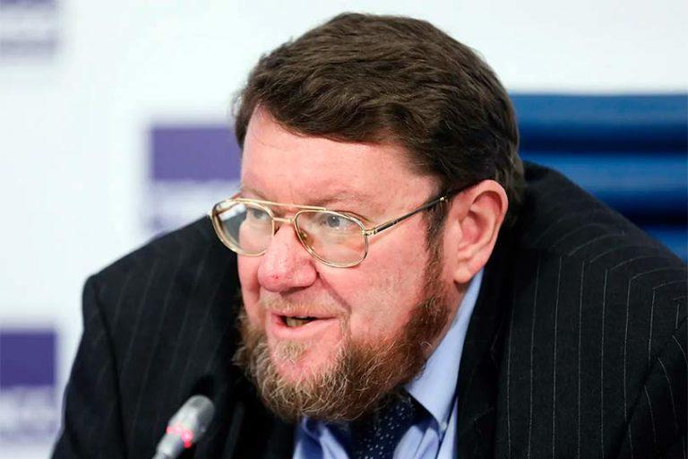 Сатановский сравнил свадьбу Собчак с катафалком и стриптизом, с предложенной Медведевым 4-х дневкой