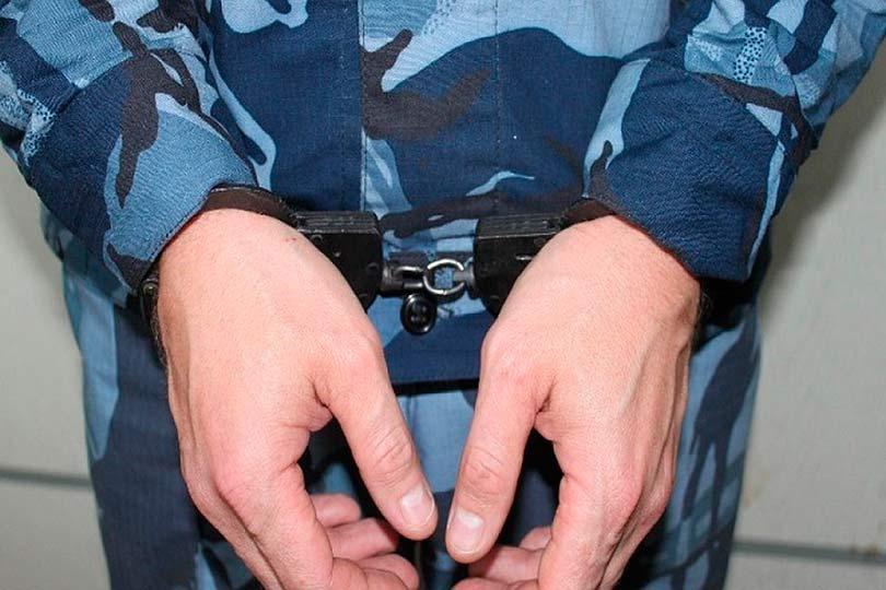 Задержанный полицейский