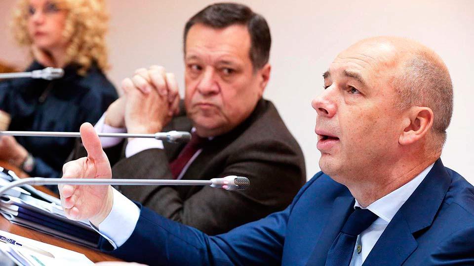 Силуанов и Макаров