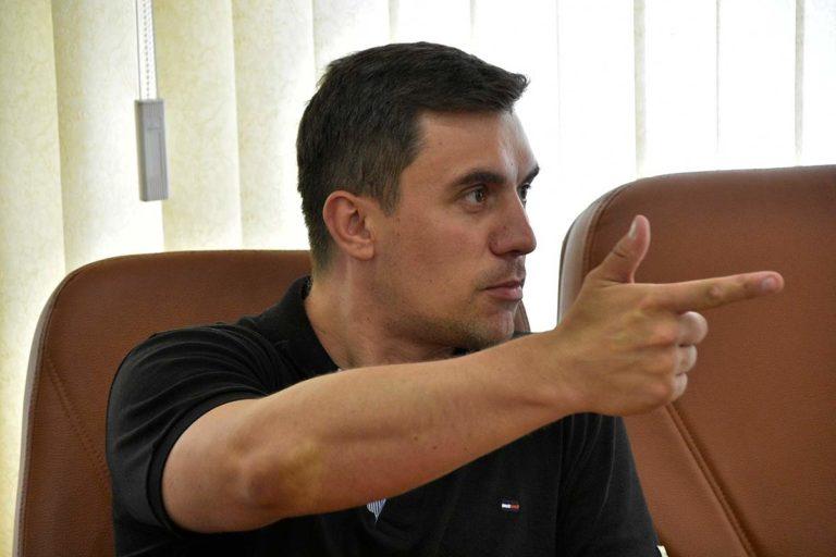 Николай Бондаренко заявил, что власть решила устроить сюрприз россиянам и еще один раз повысить НДС
