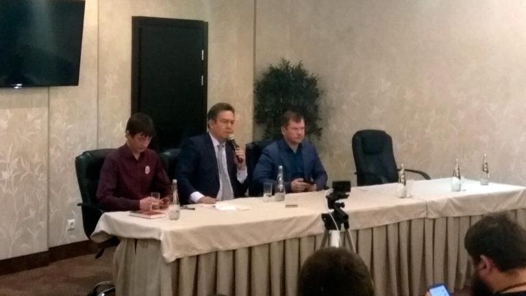 На прес-конференции в Казани Платошкин назвал Немцова «гениальным чувачком», развалившим судебную систему СССР