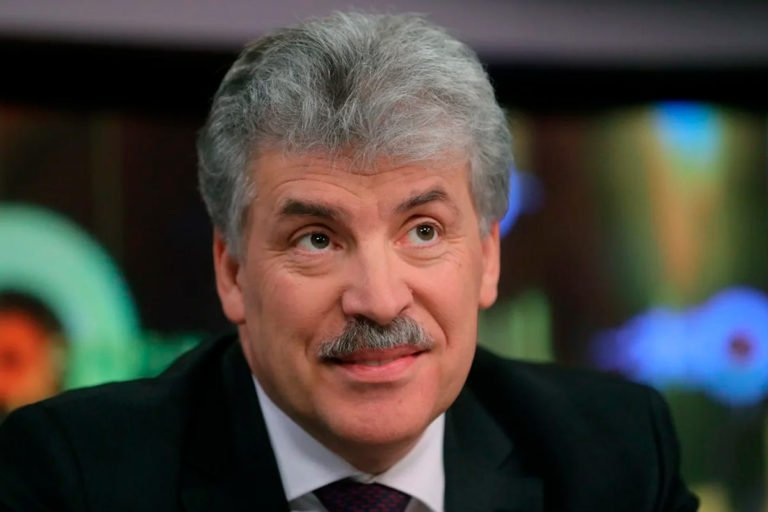 Павел Грудинин присоединился к политикам, которые предсказывают смену президента в России ранее 2024 года