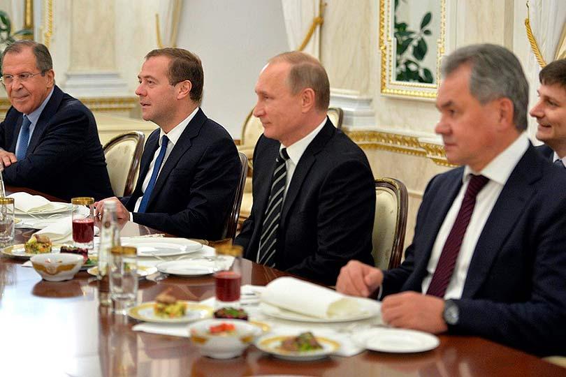 Путин и его окружение