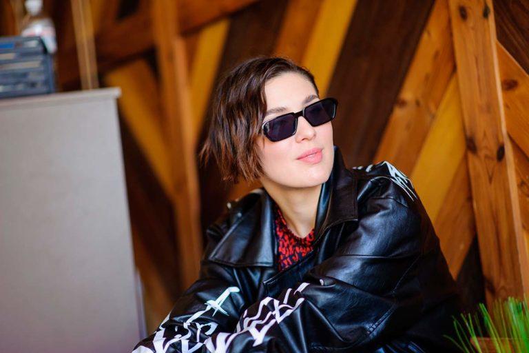 Певица Maruv подверглась ограблению в центре Киева
