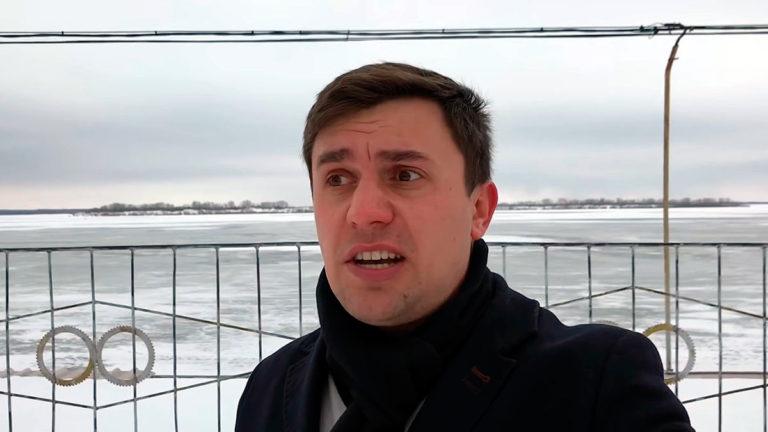 Бондаренко негативно прокомментировал выступление Путина и сообщил, что россиян в очередной раз послали
