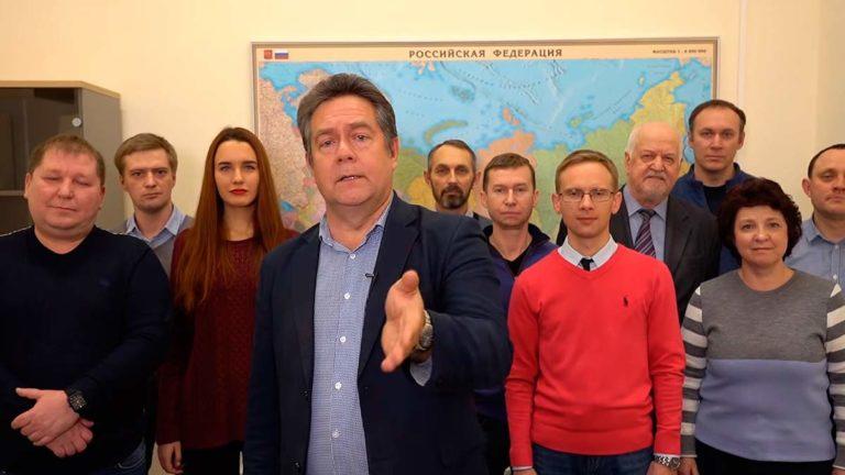 Платошкин поздравил россиян с отставкой правительства Медведева и тут же на него начались нападки