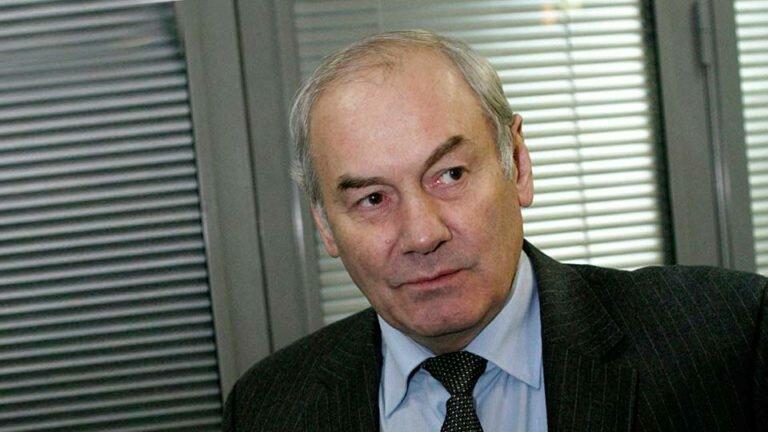 Генерал Ивашов заявил, что Сердюков запустил в армии России процессы приватизации
