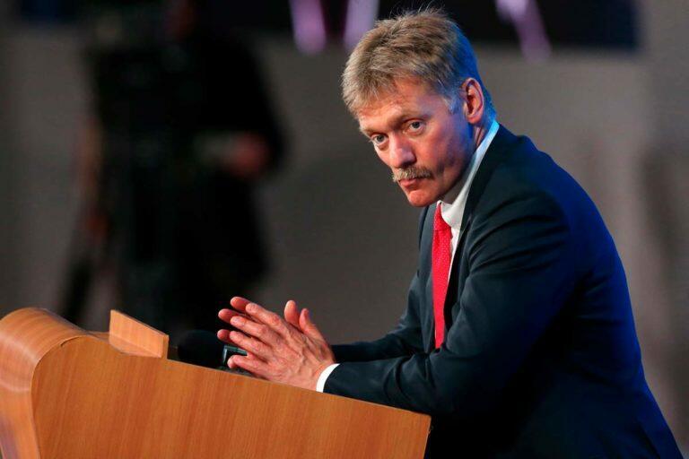 Песков, который ранее заявил, что голосование по поправкам в конституцию не нужно, теперь поменял мнение
