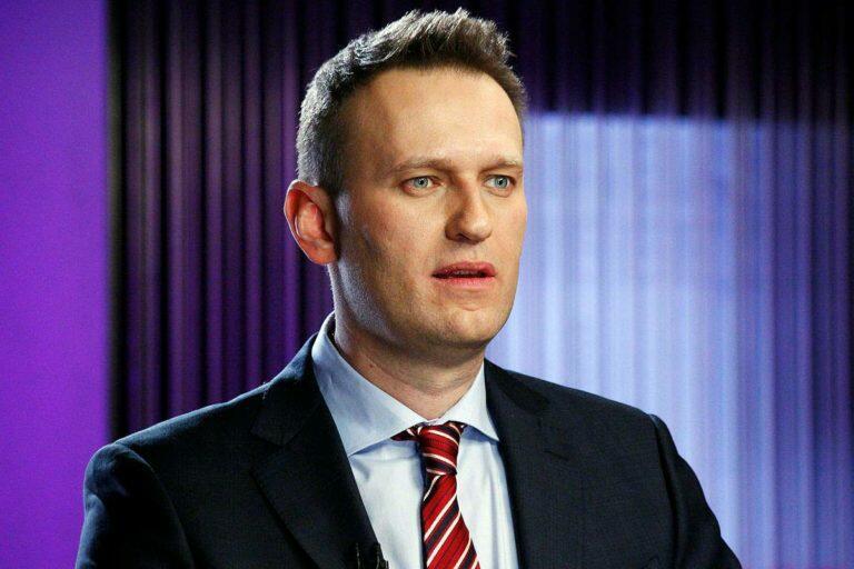 Судя по тому, что Навальный и его команда игнорируют общероссийский референдум 12 апреля, это выглядит странно