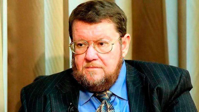 Сатановский считает, что внезапная отставка Медведева вовсе не означает признания Путиным своей вины