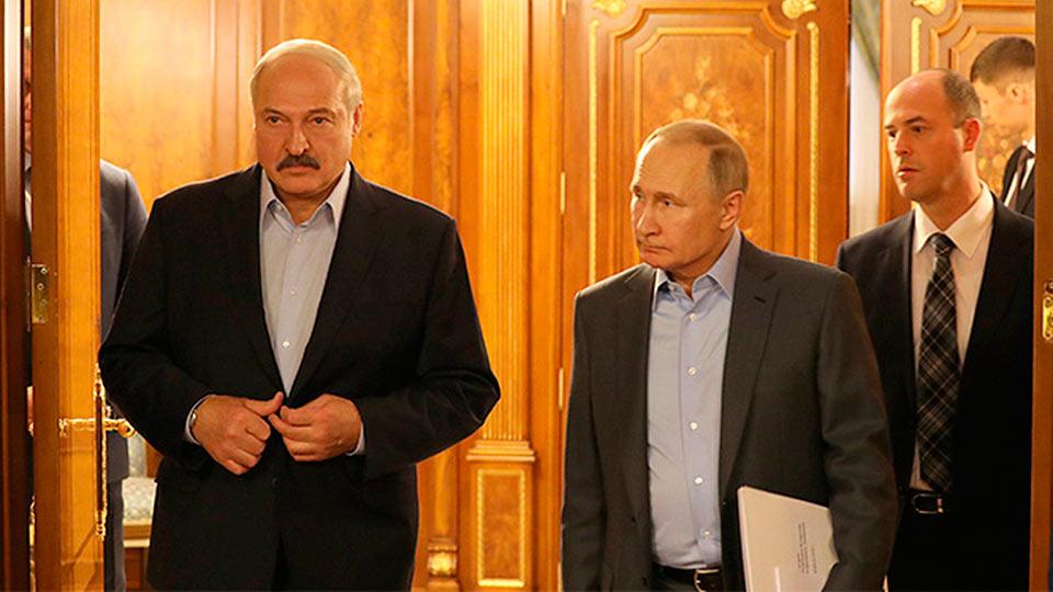 Лукашенко уезжает от Путина