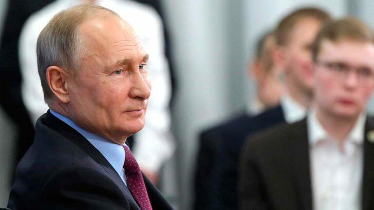 Кремль пытается превратить плебисцит по поправкам в Конституцию РФ, в референдум о доверии Путину