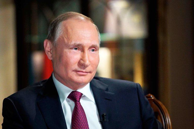 Госсовет, куда так стремится попасть Путин, предложил отменить уголовную ответственность за невыплату зарплат