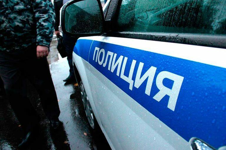Три школьницы пострадали от рук извращенца на западе Москвы