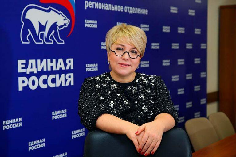 Депутат от «Единой России» Гусева издала плач и назвала форменным издевательством прибавку россиянам к пенсии в 1 рубль