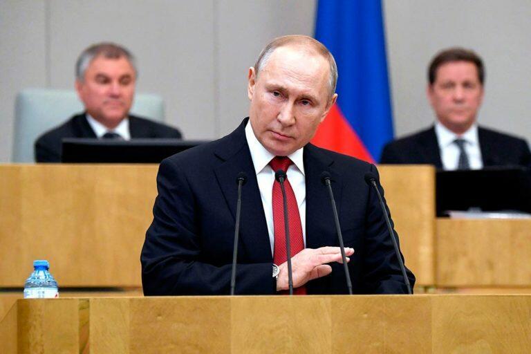 Путин выступил в Госдуме и дал понять, что игры в демократию закончились, досрочных выборов и сменяемости власти не будет