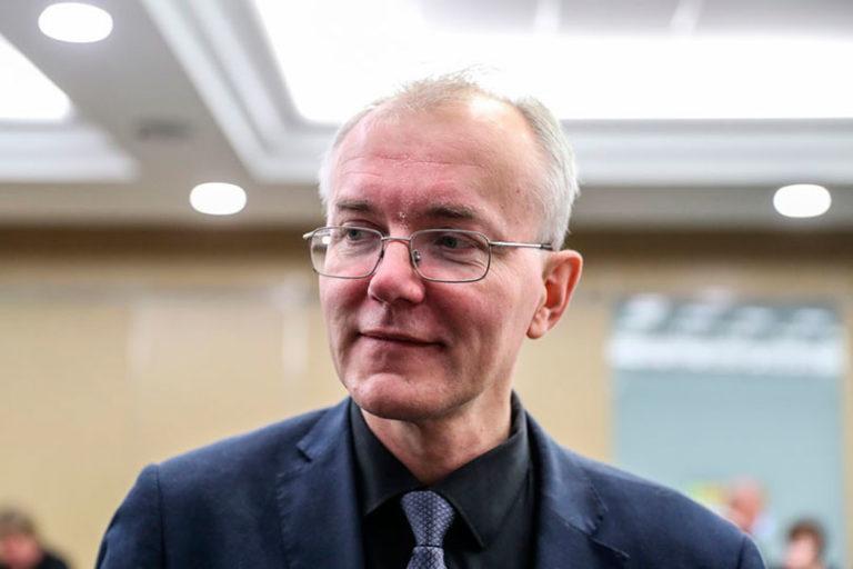 Шеин предположил, что после бурного общественного резонанса, власть может отменить поправки Терешковой