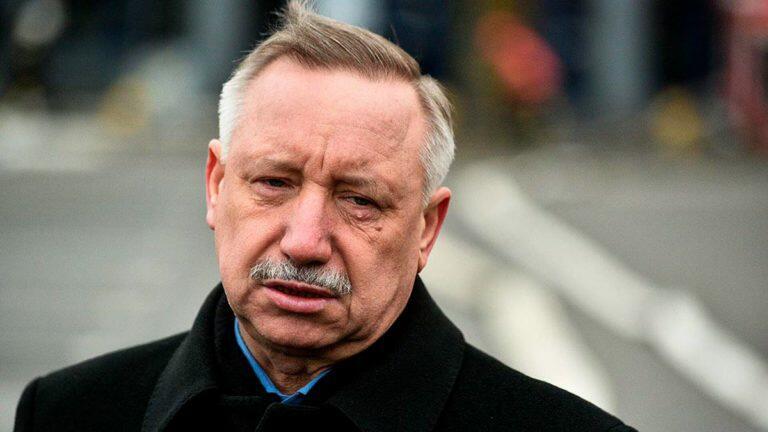 Беглов не считает необходимым на данный момент запрещать массовые мероприятия в Петербурге