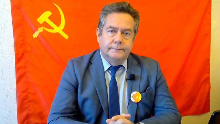 Путин старательно избегает вопроса о Платошкине, а Минюст отказал в регистрации партии СПРФ