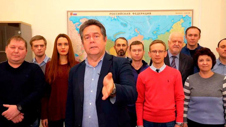 Платошкин поздравил Бондаренко с улучшением благосостояния, «громкий» депутат-коммунист удачно оседлал протестную волну