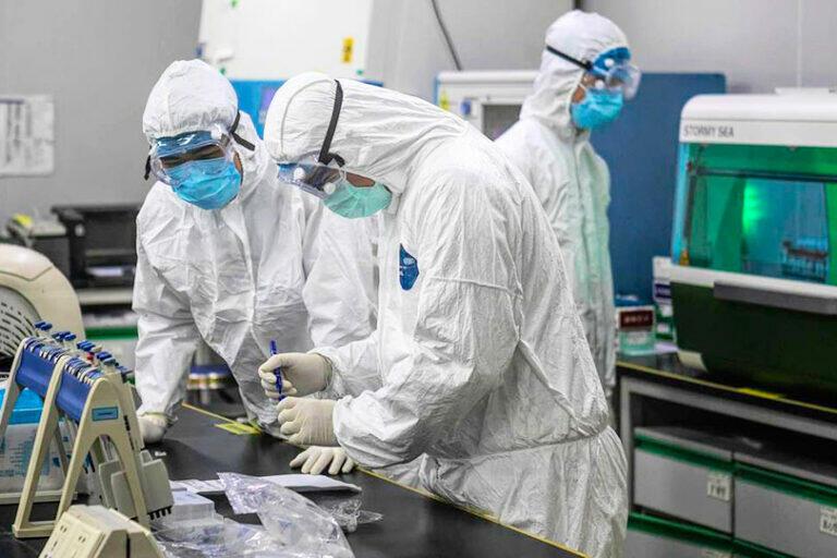 Украина позволила США создать на своей территории 8 лабораторий с опасными инфекциями