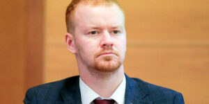 Денис Парфенов назвал электронное голосование «фиговым листком», прикрывающим узурпацию власти