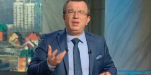 Российские банкиры не могут объяснить происхождение своих денег на Западе и ринулись ввозить их в Россию