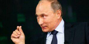 С каждым днем плебисцит по поправкам в конституцию, все больше превращается в референдум о доверии Путину