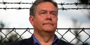 Платошкин задержан Следственным Комитетом, у него дома прошли обыски, игры в демократию кончились