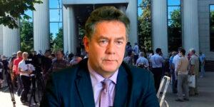 Сегодня Николая Платошкина привезли в Московский Городской Суд для изменения меры пресечения