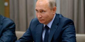 Используя антисоветизм в качестве спасательного круга, Путин все больше увязает в невежестве и передергивает факты